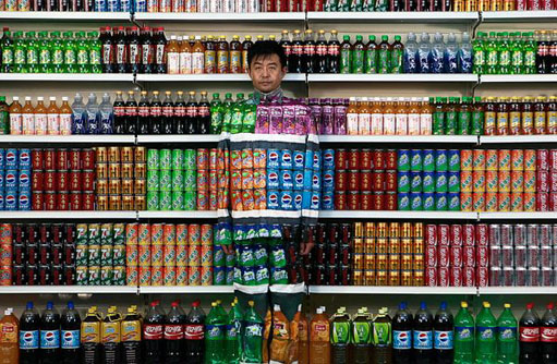 110907.man-painted-soft-drinks.jpg